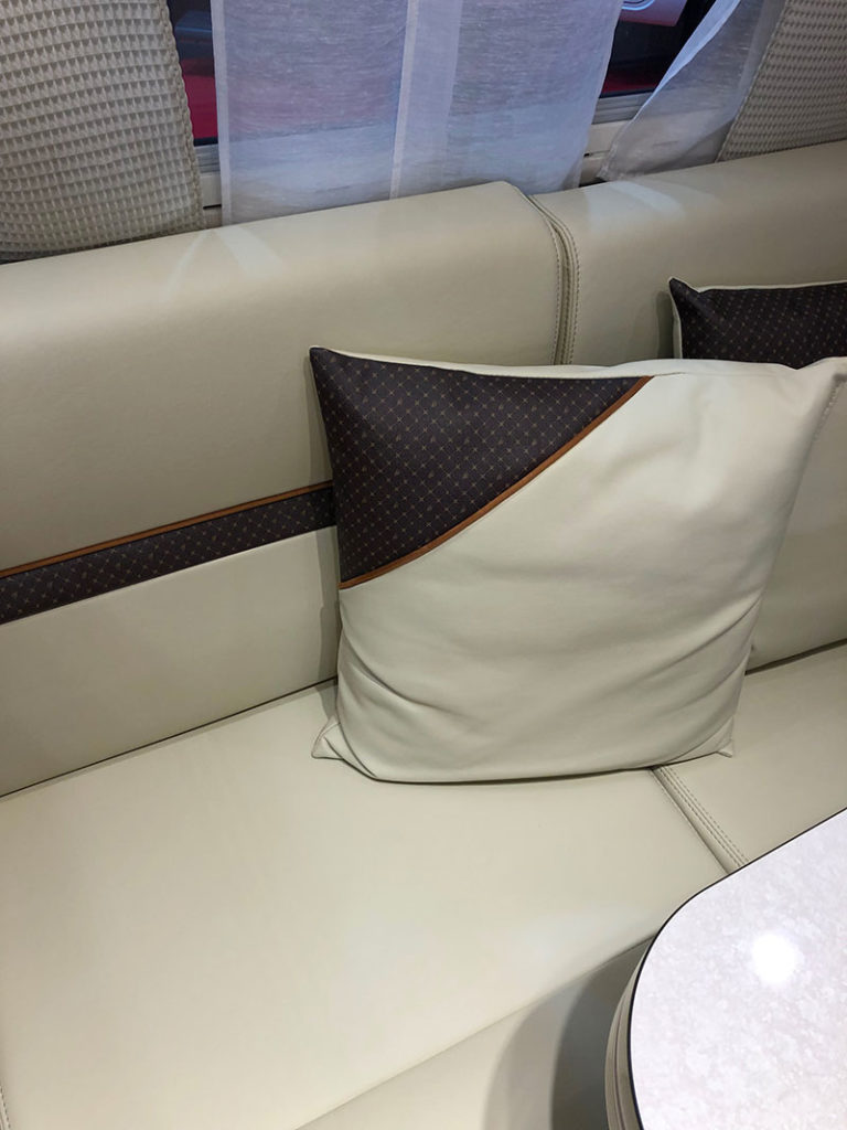 coussin-interieur-camping-car